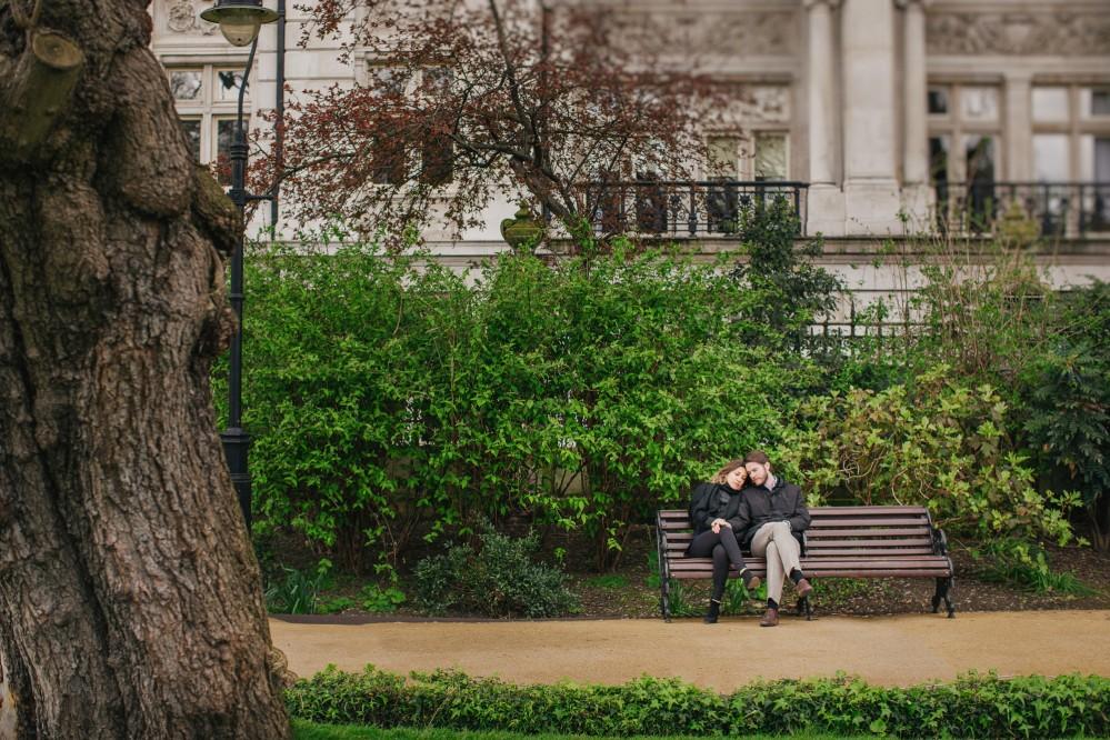 Urban pre-wedding photography in London - Maria & Oscar